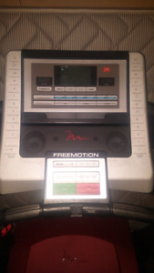 Treadmill with i fit