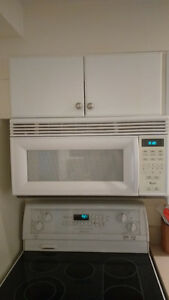 Whirlpool Over the stove built in Microwave Model YMH6140XFQ-1