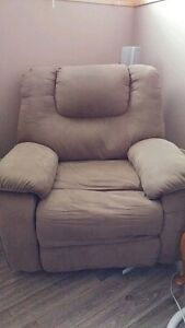 3 seat reclining chair and reclining chair