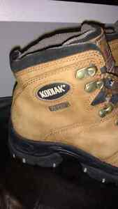 Ladies Kodiak Hiking Boots Kitchener / Waterloo Kitchener Area image 3
