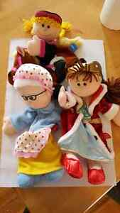 4 Marionettes Tellatale Puppets