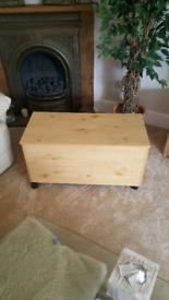 ⭐⭐⭐Toy box / ottoman / storage trunk chest⭐⭐⭐