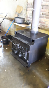 LAKEWOOD STOVE FOR SALE GREAT HEAT FOR WORKSHOP GARAGE OR HOME