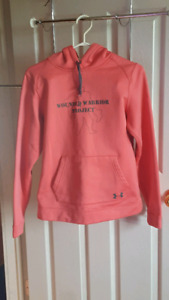 Under Armour Ladies hoodie sz med