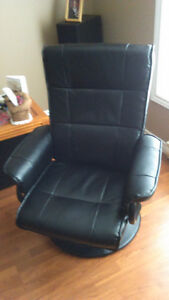 SEDONA MODERN ACCENT CHAIR WITH FOOTREST Kawartha Lakes Peterborough Area image 2