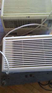 2 lg air conditioning units