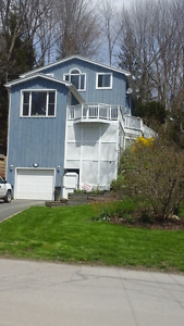 RENOVATED BEACH HOUSE - PORT STANLEY