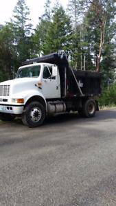 2002 International 8100 Dump Truck