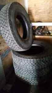 12R 22.5 Drive Tires
