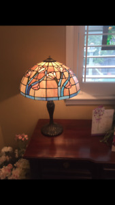2 'tiffany lamp' style stained glass lamps, perfect condition