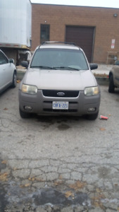 2001 FORD ESCAPE IN AMAZING SHAPE!! ONLY $1000!!!!