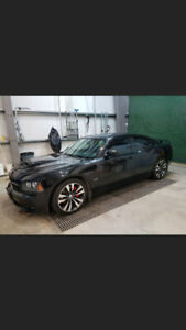 2006 Charger SRT8 excellent condition low mileage never winter