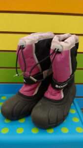 (416) Girl's Winter Boots SOREL - Size 2