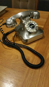 Pottery Barn Grand Phone - Excellent condition!