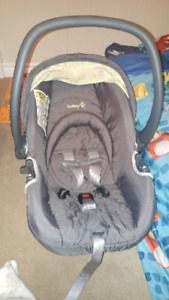 Safety 1st car seat like new