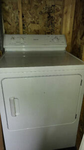 ****** good older Maytag dryer need gone ASAP