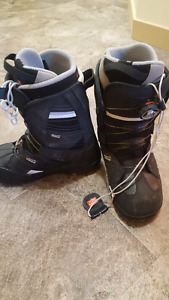 Vans womens snowboard Boots size 8