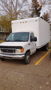 2006 Ford E 450'1Ton Cube Van for sale