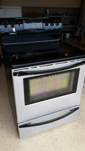 Frigidaire Gallery Collection Stove and Dishwasher