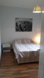 * GREAT DOUBLE BEDROOM £180/W-HAMMERSMITH*