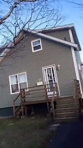 3 bedroom house available 900/month plus utilities