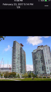 ***** 1BR+Den in Downtown Vancouver near BC Place *****