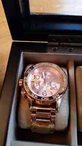 NIXON THE 42-20 CHRONO - BOXED with extra links