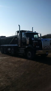DUMP TRUCK - 2012 WESTERN STAR 4900 SB Cambridge Kitchener Area image 2