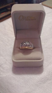 I am selling a 14 karat Gold ring