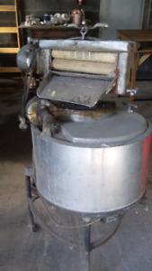 Laveuse à tordeur - aluminium * ancienne, antique, vintage *