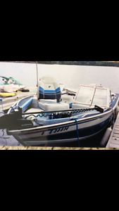 """17"""" Starcraft Bow Rider with 90 hp motor and trailer."""