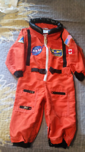 Toddler astronaut costume in size 18 months