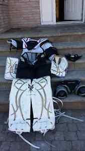 Ice hockey goalie gear West Island Greater Montréal image 2