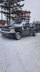 2009 Chevy silverado Lt Reg cab long box