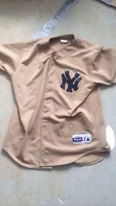 Yankess jersey mens large
