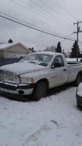 2004 Dodge 1500 Pickup Truck