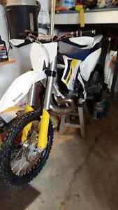 MINT HUSQVARNA TC250