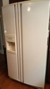 KitchenAid Superba side by side refrigerator. Ice/water in door