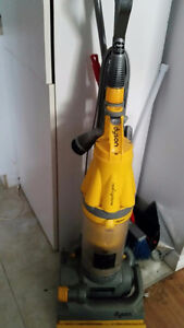 DYSON ROOT CYCLONE ( DC07 )