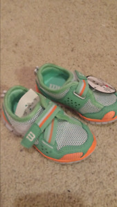 Wilson toddler running shoes brand new