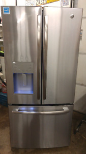 "Scratch""n""Dent SALE, STAINLESS French Doors with Bottom Freezer!"