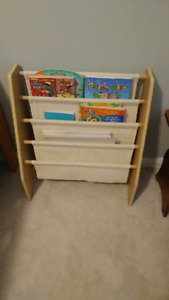 Excellent condition book sling.  Smoke free home
