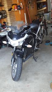 Honda CBR 250 9500 km