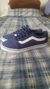Fake Vans; Navy blue, Old skool Size 8