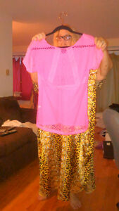 Material Girls workout shirt pink size large West Island Greater Montréal image 2