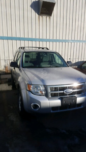 (PRICE REDUCED)2008 Ford Escape