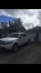 2013 Ford F-150 Platinum in good shape!!