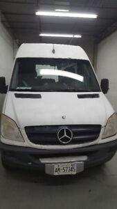 2010 Mercedes-Benz Sprinter Van Minivan, Van
