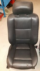 BMW 3 series e46 Black leather front passenger only seat. Sedan Windsor Region Ontario image 1