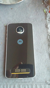 Moto Z Play (not the x the Z) looking to trade